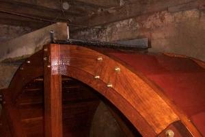 Restauration d'une roue à arrivée d'eau au-dessus - La roue tourne 12